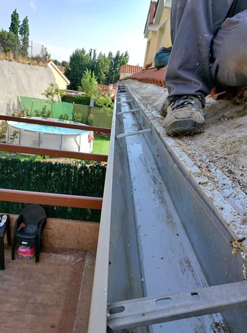 Empresas para Limpiar Canalones y Tejado MADRID